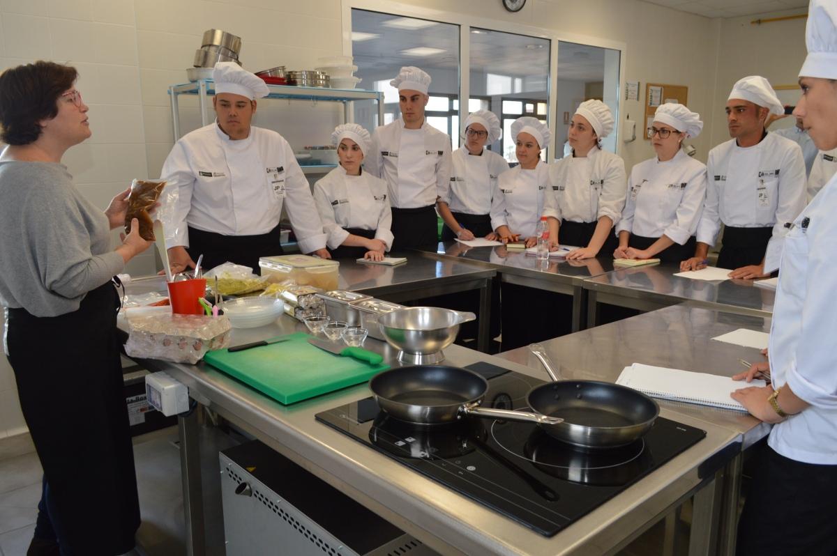 El alumnado del pfae azahar de la fundaci n para la - Temario fp cocina y gastronomia ...